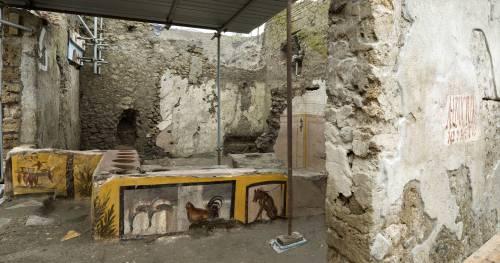 Pompei, la straordinaria scoperta: riportato alla luce il Termopolio