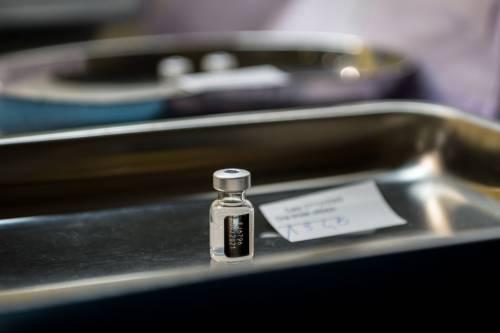 All'Epifania arriva un altro milione di vaccini. Ecco il piano delle Forze Armate per Moderna