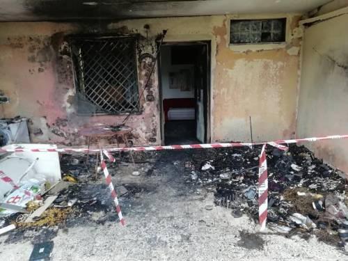 """Tragedia a Capodanno, una coppia perde la casa: """"È stato un petardo"""" 4"""