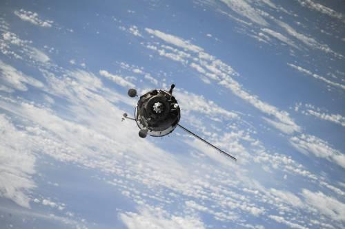 """""""Oumuamura è la prova che gli alieni esistono"""": la tesi choc dell'astrofisico"""