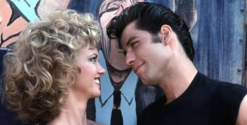 """Grease finisce nella bufera: """"Misogino e sessista. Via dai palinsesti"""""""