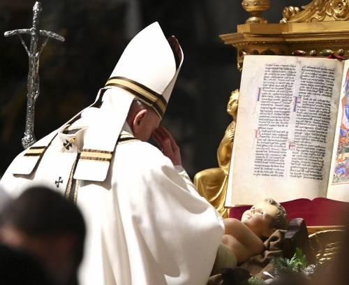 Ancora problemi per il Papa: saltano impegni di questi giorni