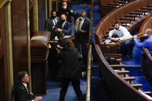 I fan di Trump fanno irruzione al Congresso Usa 2