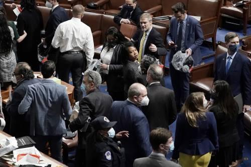 I fan di Trump fanno irruzione al Congresso Usa 4