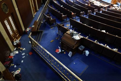 I fan di Trump fanno irruzione al Congresso Usa 7