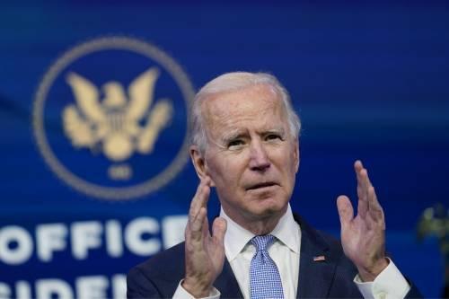 """L'Fbi: rischio """"golpe"""" e rivolte armate. L'America trema per il giorno di Biden"""