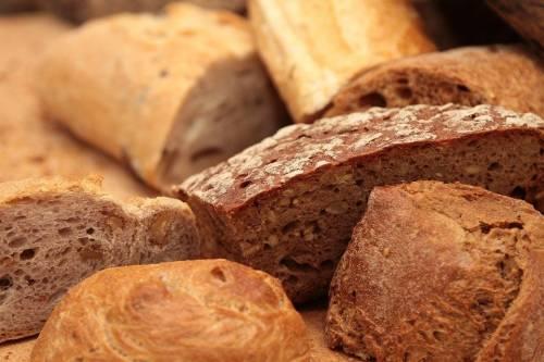 Il pane nella dieta, quale scegliere e quando mangiarlo