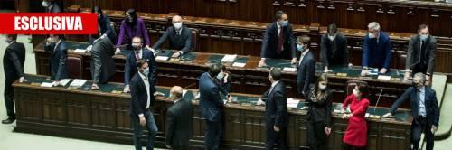 Di Battista e Arcuri al governo: le mosse per salvare Conte