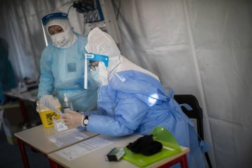 """La lettera della Moratti: """"I vaccini in base al Pil"""" Il conta-malati va in tilt"""