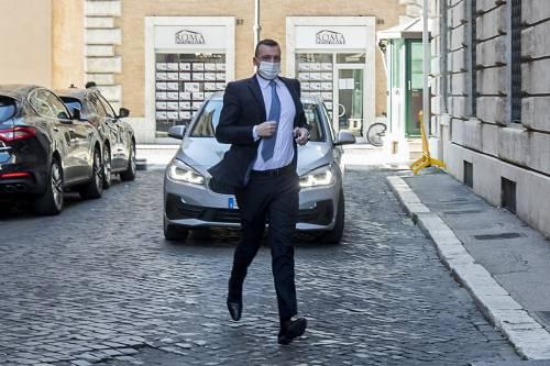 """Forza Italia smaschera Casalino: """"Non fidatevi di lui, dà nomi a casaccio"""""""