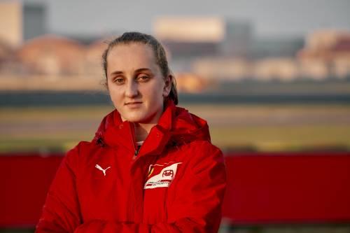 Un po' Schumi e Verstappen Maya, la prima pilota in Ferrari