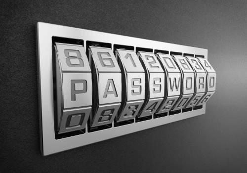 """""""Cambia le password compromesse"""": cosa c'è dietro al messaggio di Google"""