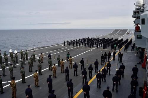 Portaerei Cavour verso gli Usa: la Marina ora prepara i caccia