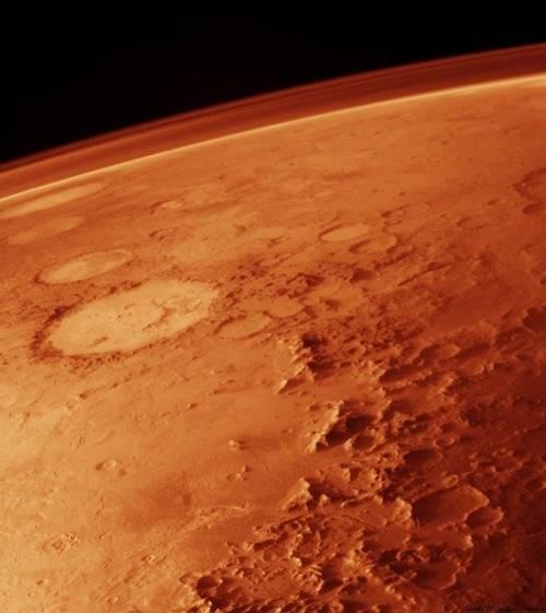 Emirati Arabi, Cina e Usa: c'è traffico nei cieli di Marte