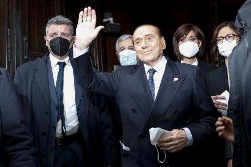 """""""Al primo posto la salvezza del Paese"""": Berlusconi conferma il sì a Draghi"""