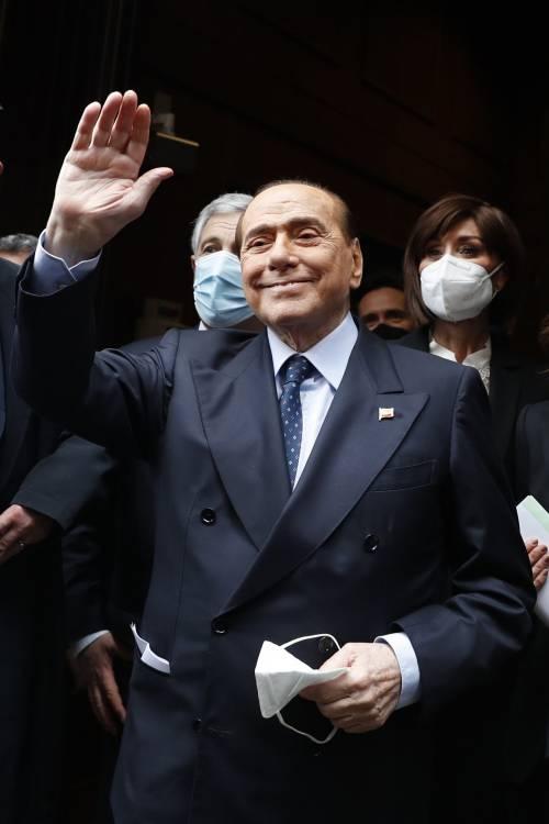 """Berlusconi: """"Forza Italia farà la sua parte. Auguri a Draghi"""""""