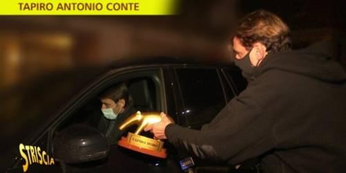 """""""Tapiro d'oro per Antonio Conte"""" Ma il tecnico spiazza così Staffelli"""