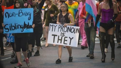 """È trans anche il """"genere"""": da bisogno a ideologia"""