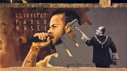 """""""Re mafioso e polizia criminale"""". Rapper in cella, Spagna divisa"""