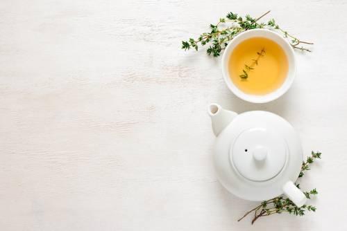 Tè verde, proprietà e benefici di questa antica bevanda