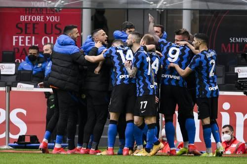 L'Inter schianta 3-0 il Milan: Lukaku vince il derby contro il nemico Ibrahimovic