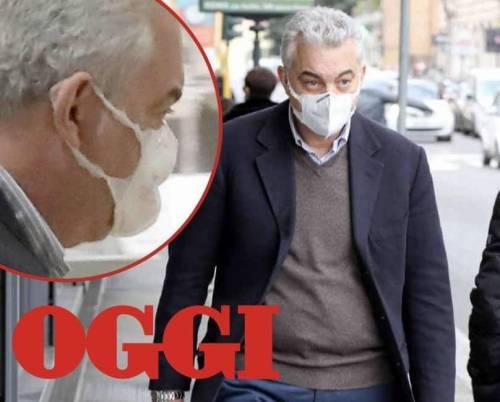 La mascherina usurata: la foto imbarazza Arcuri