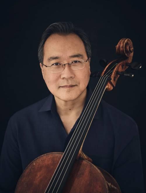 """""""Metto il mio violoncello al servizio di chi oggi è rimasto senza musica"""""""