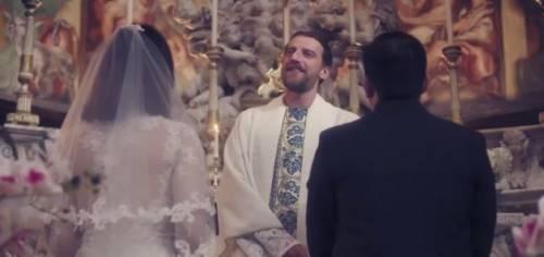 """""""Dopo la terza canzone a Sanremo dormono"""". Ma Amadeus non la prende bene"""