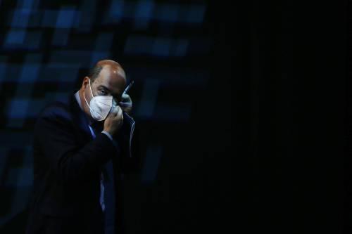 """""""Mi vergogno di chi parla di poltrone nel Pd"""": Zingaretti si dimette da segretario"""