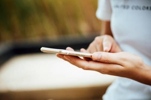 """Privacy a rischio: migliaia di app Android e iOS si fanno """"sfuggire"""" i tuoi dati"""