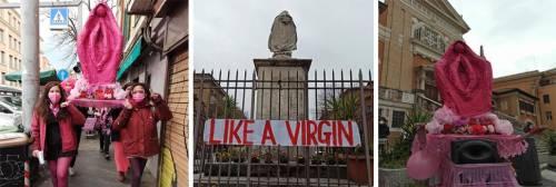 La Madonna a forma di vagina: processione choc delle femministe
