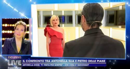 """Antonella Elia: """"Pietro è il mio amante"""". Ma il web li sbugiarda"""
