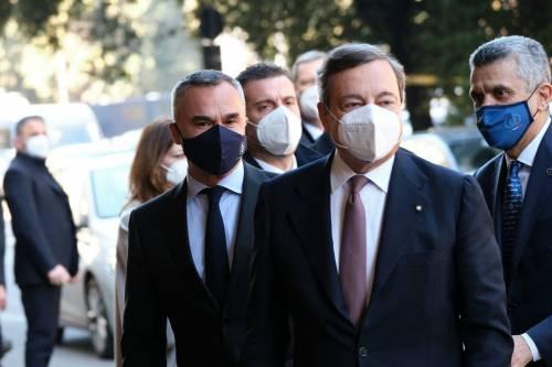 """Draghi: """"La via d'uscita non è lontana. Adesso serve unità sui vaccini"""""""