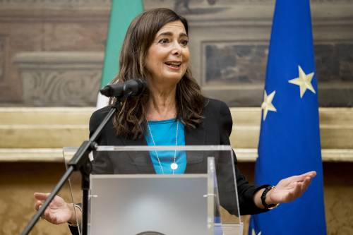 """La Lucarelli """"smaschera"""" la Boldrini: """"Collaboratrici sottopagate e maltrattate"""""""