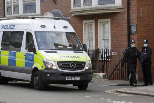 """19enne uccisa dall'ex fidanzato. La polizia l'aveva multata per """"procurato allarme"""""""