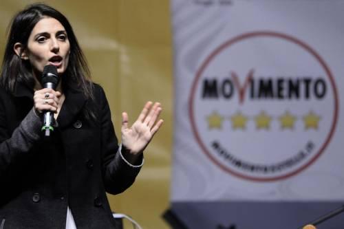 Dal campo rom al Covid hotel: Raggi travolta dalle polemiche