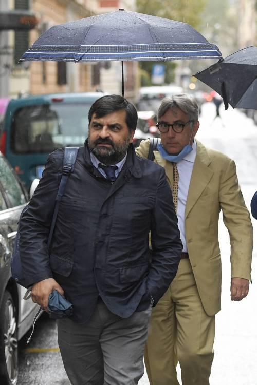 Italiani senza fiducia: toghe non indipendenti