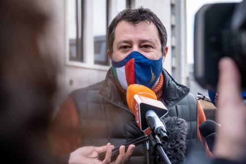 """""""Aprile in lockdown è un sequestro"""" Salvini aperturista vuol vedere Draghi"""