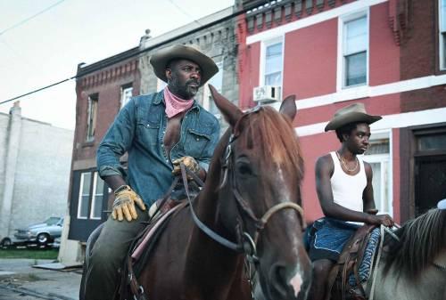 """Concrete Cowboy"", arriva il western urbano con Idris Elba"
