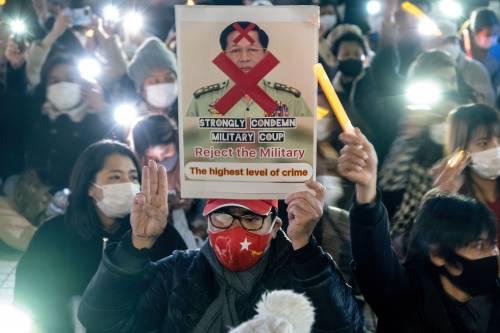 Myanmar sull'orlo della guerra civile. E la giunta caccia l'ambasciatore a Londra