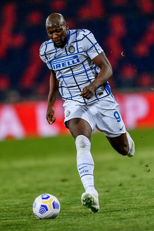 Basta la zampata di Lukaku. Inter, Pasqua da scudetto.