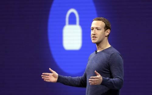 Le mani degli hacker su Facebook: rubati 533 milioni di account