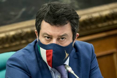 """Salvini prepara un Papeete 2? """"Perché resterà con Draghi..."""""""