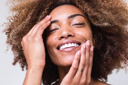 Pulizia del viso, ecco le soluzioni fai da te