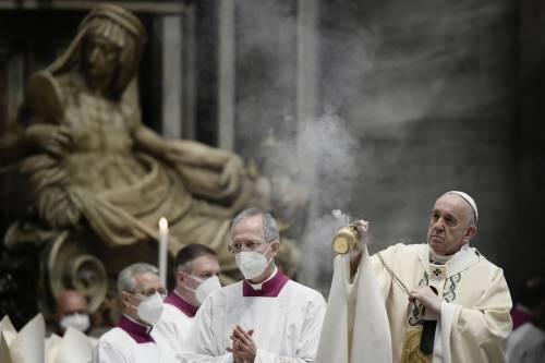 """L'urlo che allarma la Chiesa: un'ombra """"spacca"""" il Vaticano"""