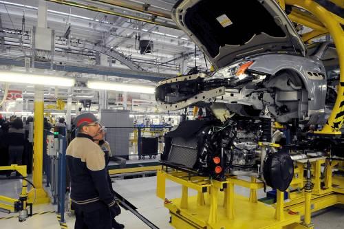 """Auto, finiti i """"veri"""" incentivi. """"Il settore rischia il tracollo"""""""