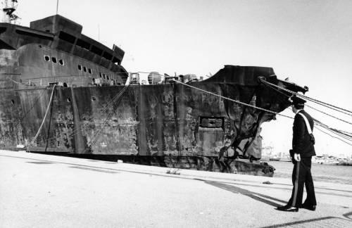 La morte lunga e atroce a bordo: tutti i misteri della Moby Prince