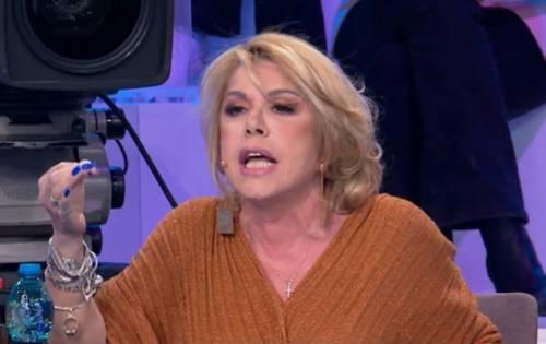 """""""Sei un rompipa..."""", """"Offendi i giudici"""". Rissa ad Amici tra la Pettinelli e Zerbi"""