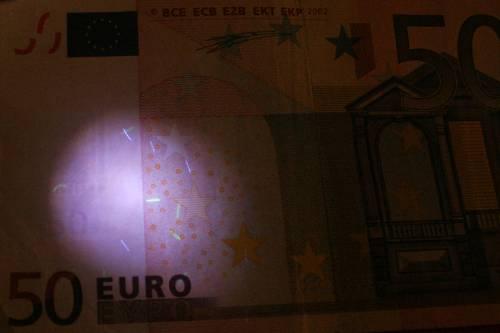 L'economia italiana morsa all'orecchio