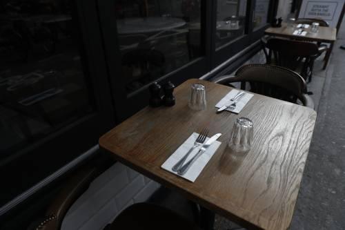 Il coprifuoco spostato a mezzanotte per andare al ristorante anche di sera
